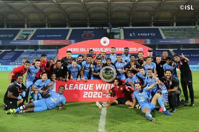 Mumbai-City-2020-21-League-Shield-Winners