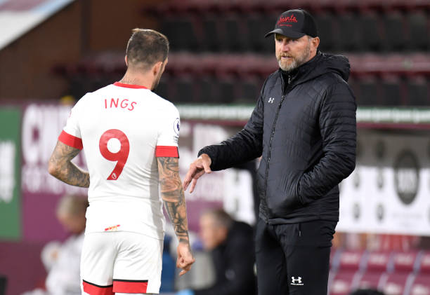 ralph-hasenhuttl-manager-of-southampton-speaks-to-danny-ings-of-the-picture-id1276840057