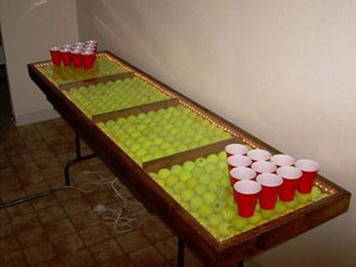 Used-Tennis-Balls-Table