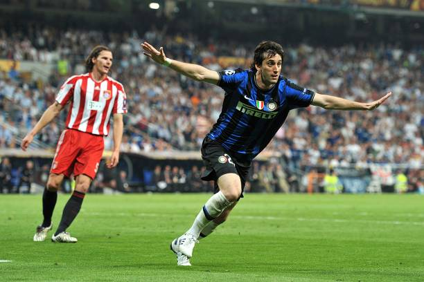 inter-milans-diego-milito-celebrates-scoring-his-sides-second-goal-of-picture-id807868018