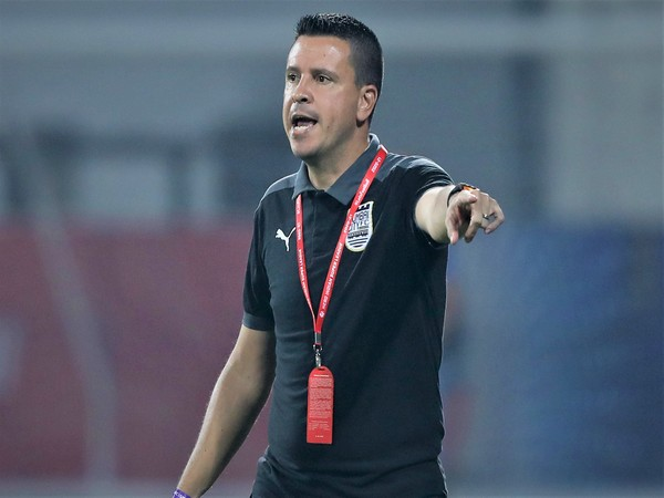 Sergio_Lobera_feels_it_is_too_early_to_call_it_a_two-horse_race_for_the_top_IS_syXIttZ