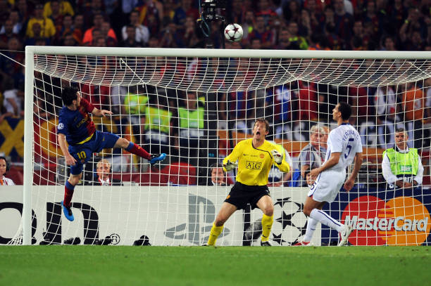 lionel-messi-of-barcelona-scores-the-second-goal-for-barcelona-during-picture-id88012955