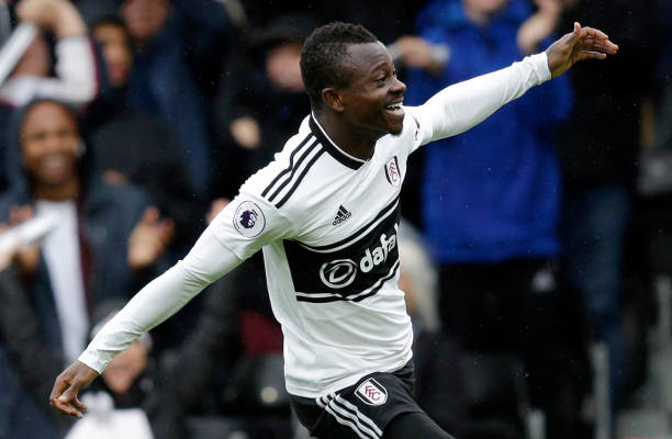 jean-michael-seri-of-fulham-celebrates-after-scoring-his-teams-first-picture-id1023894980